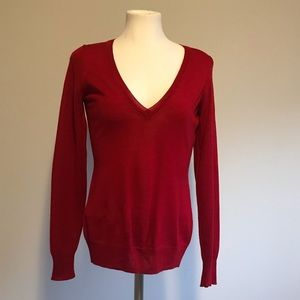 The Limited V-Neck red Merino Wool sweater light